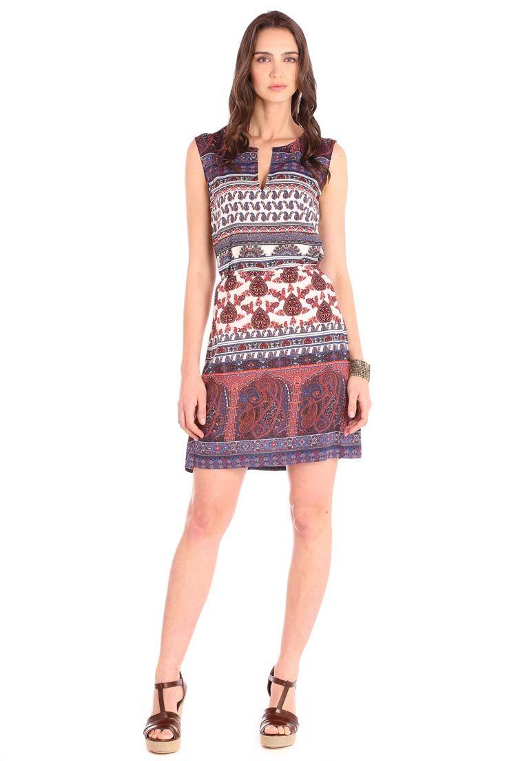 79f59d85e Vestido recto estampado con franjas de paisleys.  1