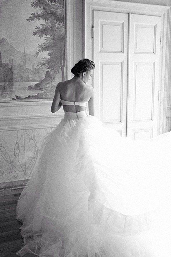 Chrissy Teigen With Images Chrissy Teigen Wedding Dress Chrissy Teigen Wedding Wedding Dresses