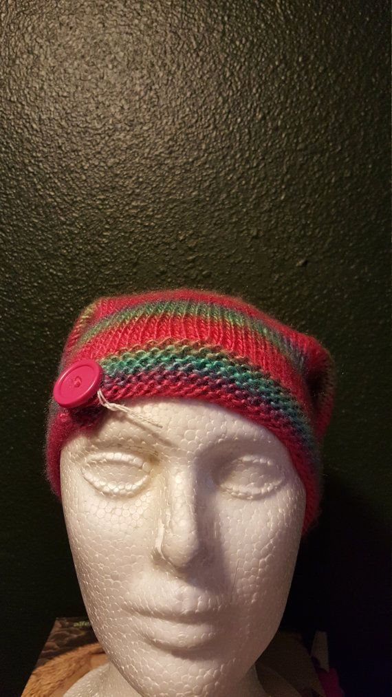 Check out this item in my Etsy shop https://www.etsy.com/listing/264848367/knit-slouchy-basic-beanie-parrot