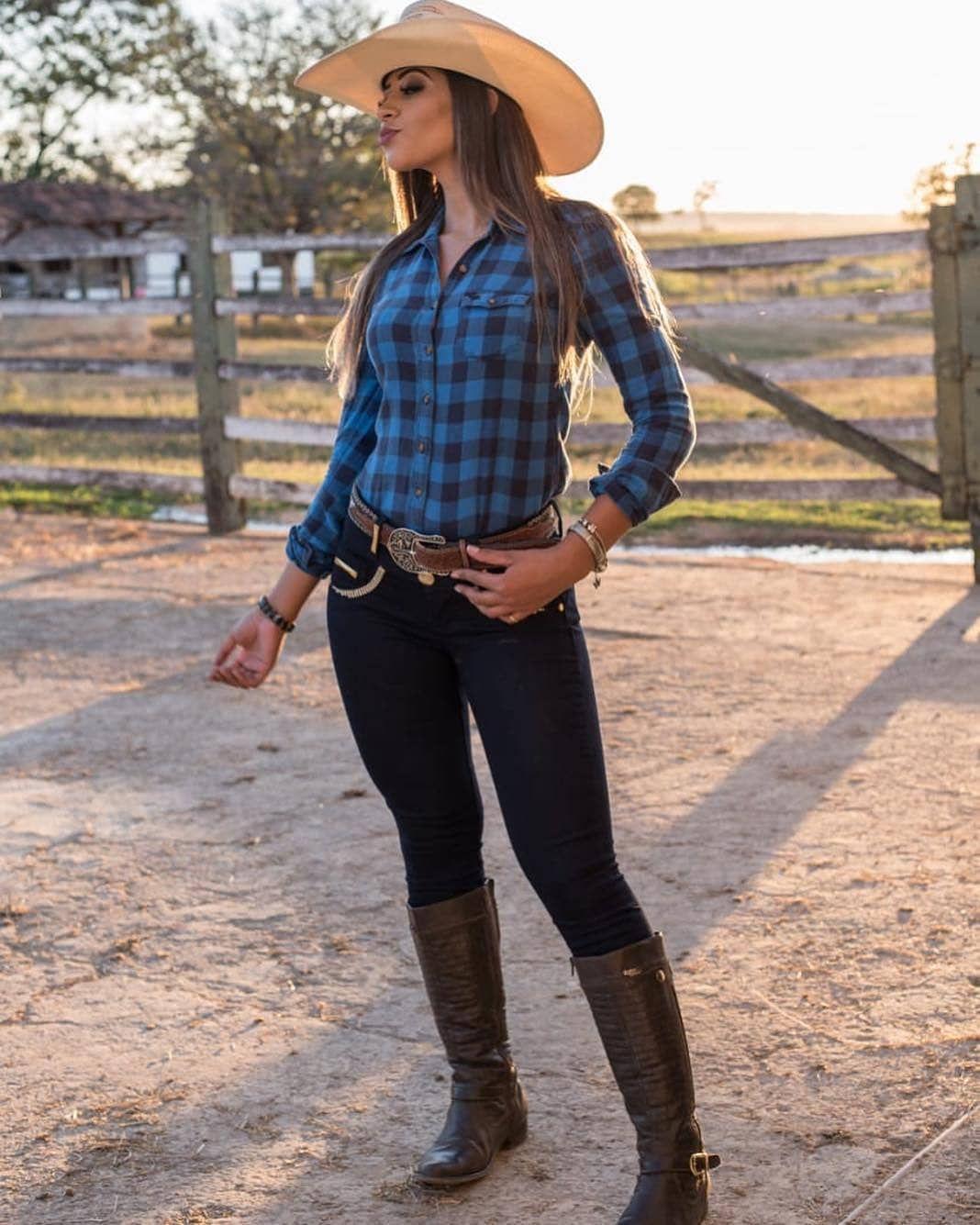 22d2e95de2378 Beautiful lady Cowboy Girl