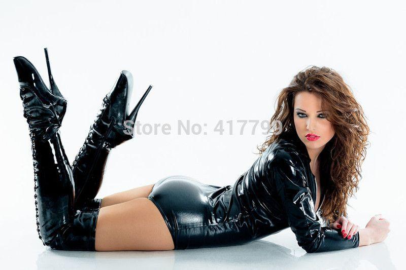 Lovely. Ballet boots, PVC bodysuit, gorgeous woman ...