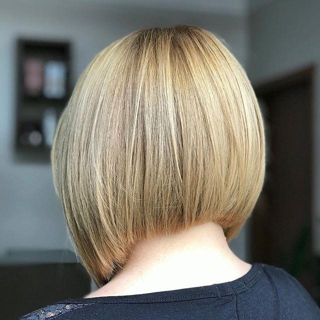 44 Beste Bob Frisuren Hinten Angeschnitten In 2020 Bob Frisuren Blond Bob Frisur Haarschnitt Ideen