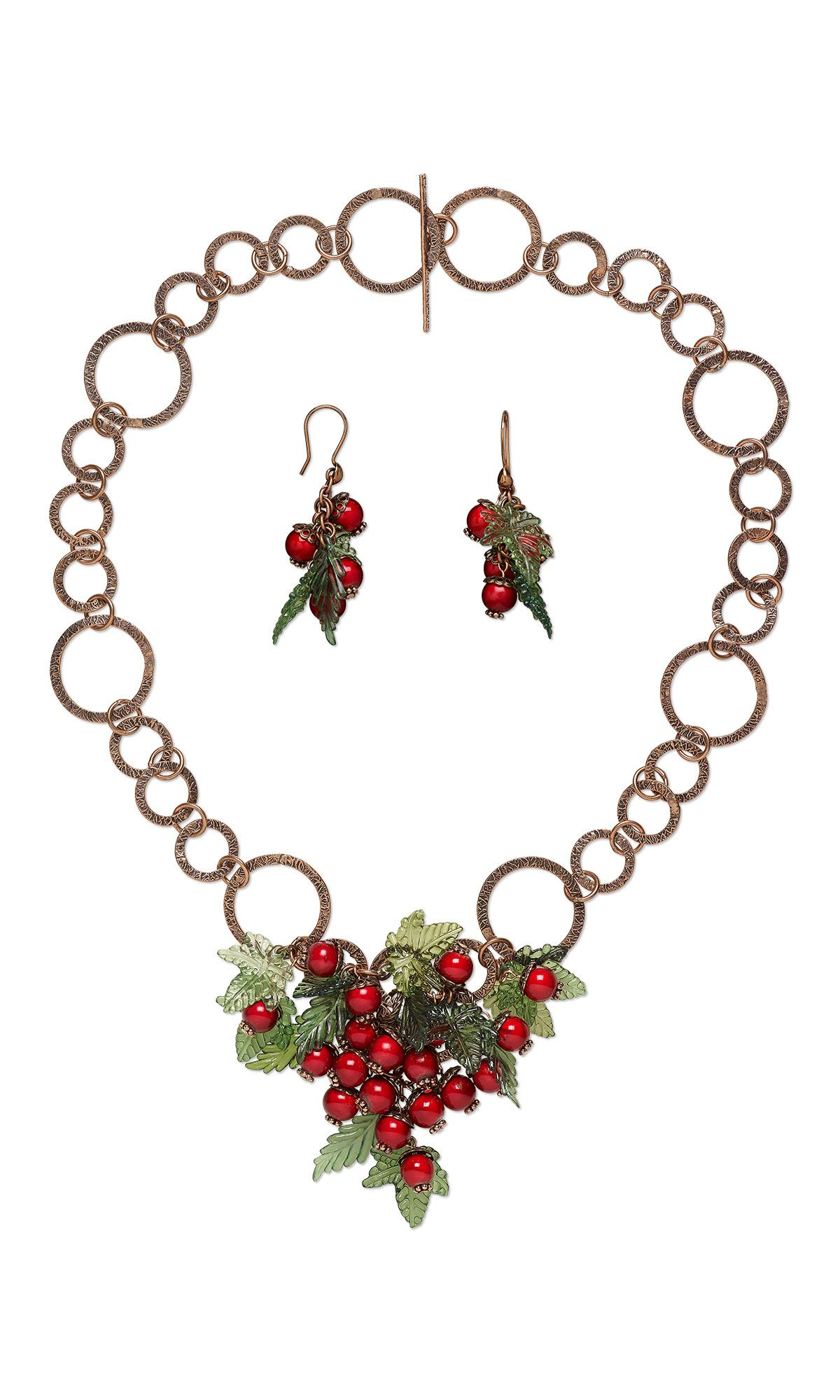 Holly Berry #ChristmasJewelry Project with FREE Step by Step Instructions  #diyjewelry #jewelrymaking #beading #accessories #accessorize #handmadejewelry