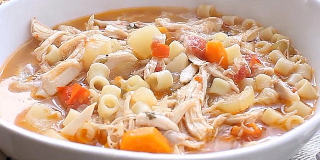 Soupe sicilienne au poulet qui réchauffe le coeur (avec