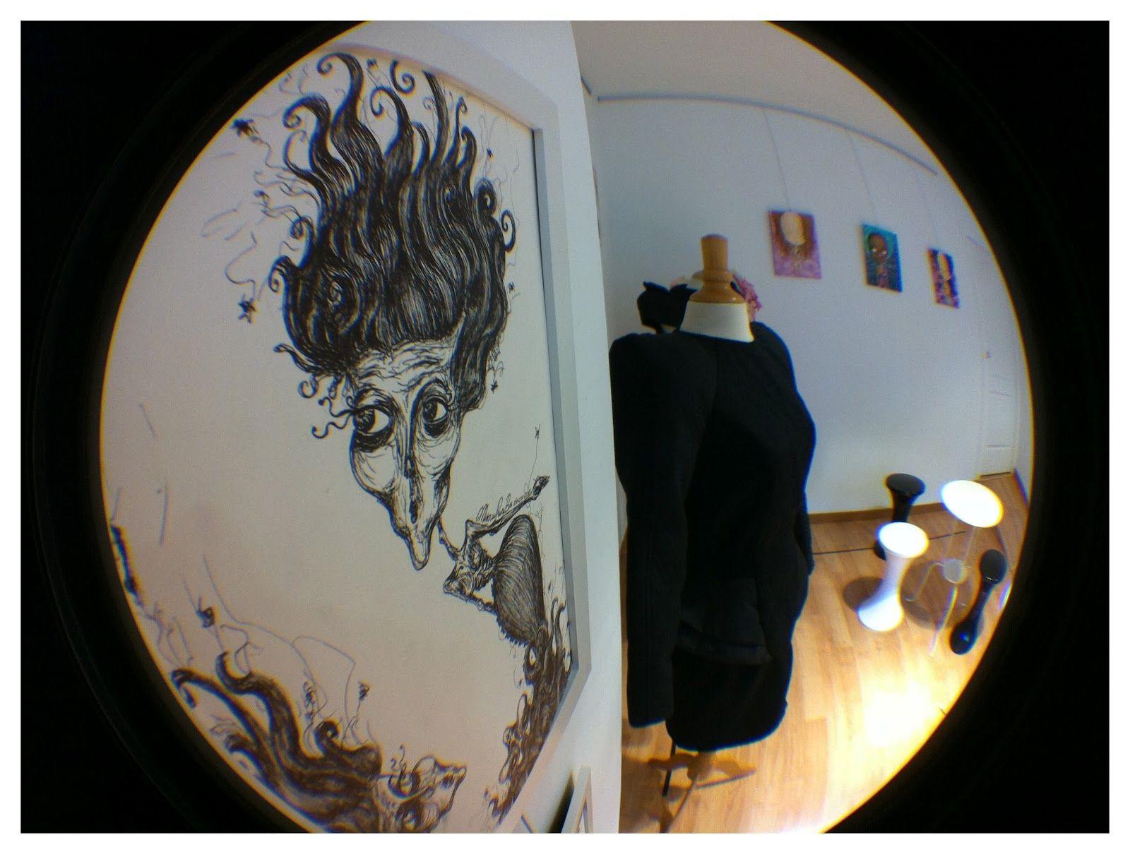 """""""Barrenetik"""" exposición de ilustración y diseño de moda por Miriam Ruiz Briz"""