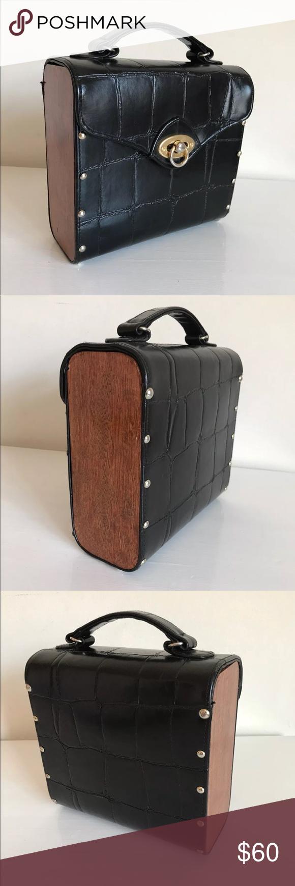Vintage Black Gold   Wood Box Bag Clutch 1970s 80s Vintage Black Leather  Crocodile Wooden Box f75b7adeda