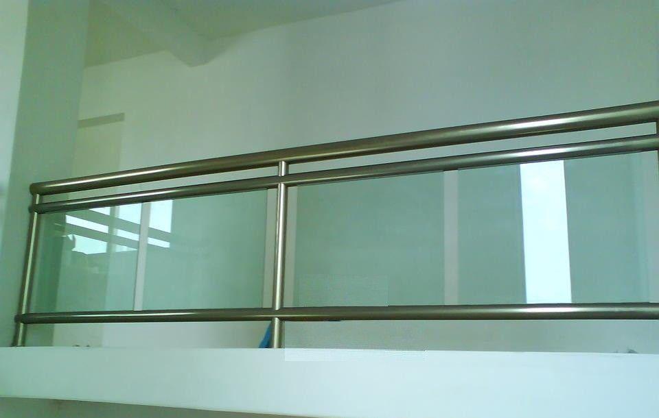 Kalum Glass En 2019 Barandales De Aluminio Escaleras De