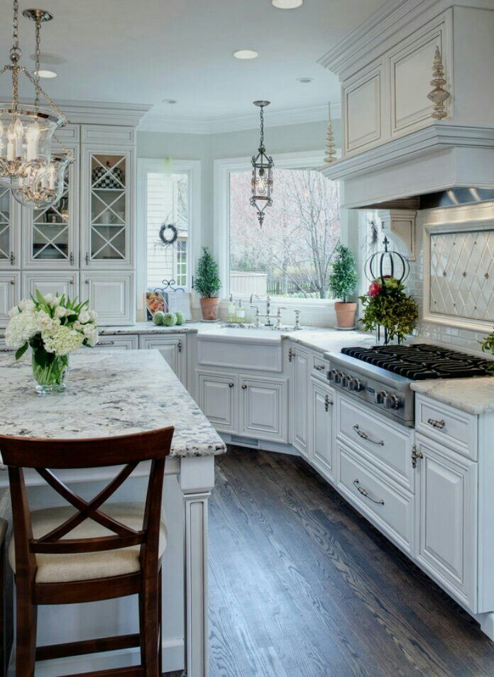 Kitchen Interior Design Ideas Classic: White Kitchen Traditional, Kitchen