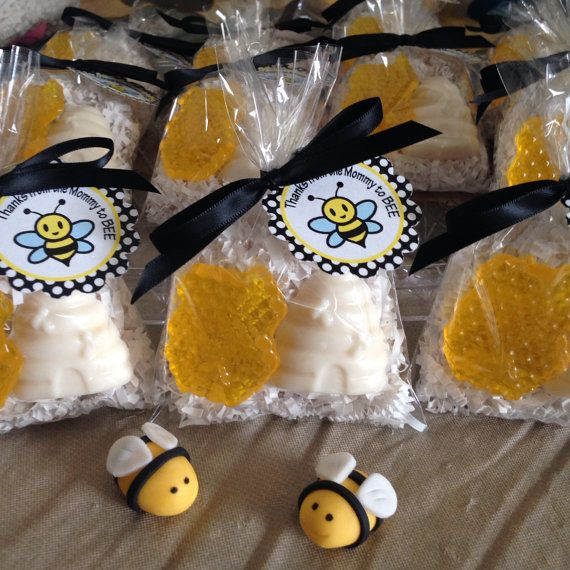 1 MOMMY TO BEE Soaps Honey Soap Natural And Oatmeal Winnie Pooh Party
