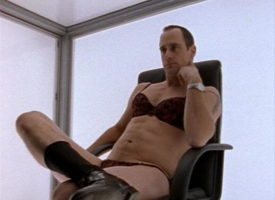 6038d53a7cebbaf8f8af115e751e4b1d christopher meloni in underwear is the hot new meme taking over the