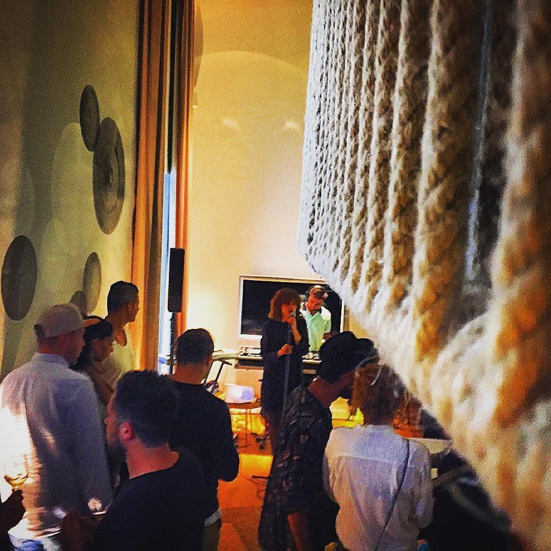 En #purohotel disfrutando de la #habitacion12