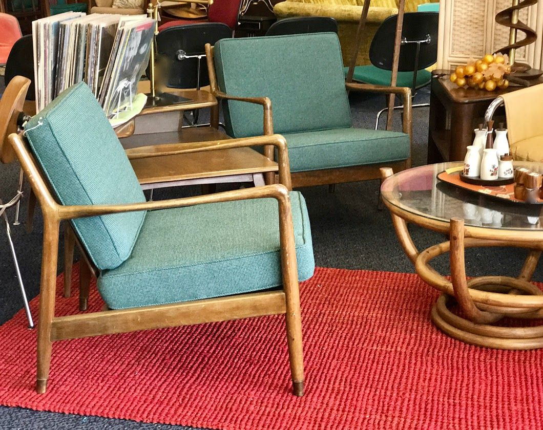 Pair Of Dux Mid Mod Chairs 1200 Dealer 94 Top Drawer Antiques Mid Mod Shop 10622 E Northwest Hwy Dallas Tx 75238 Mid Mod Chairs Chair Furnishings