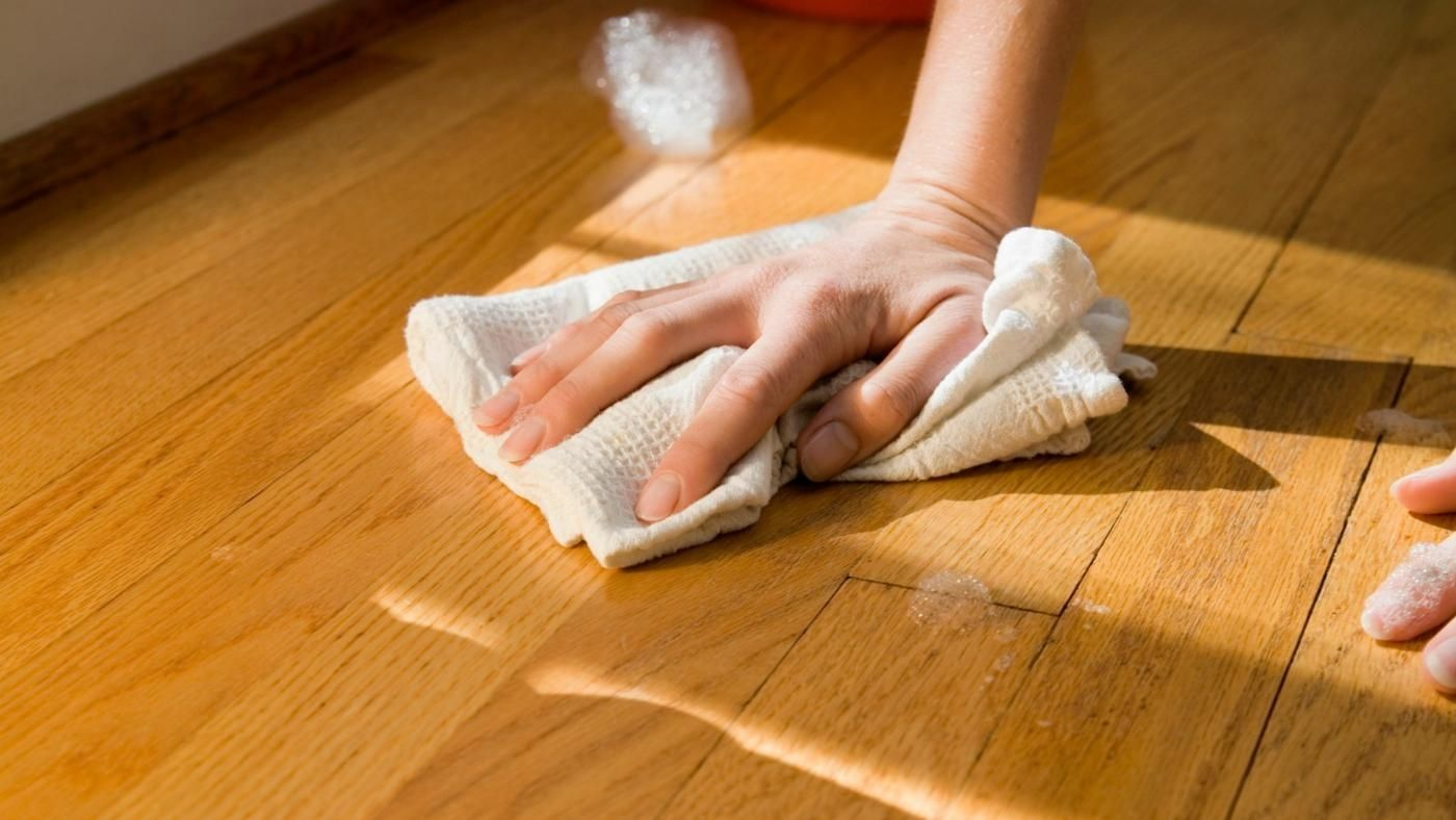 Streak Free Hardwood Floor Cleaner (With images