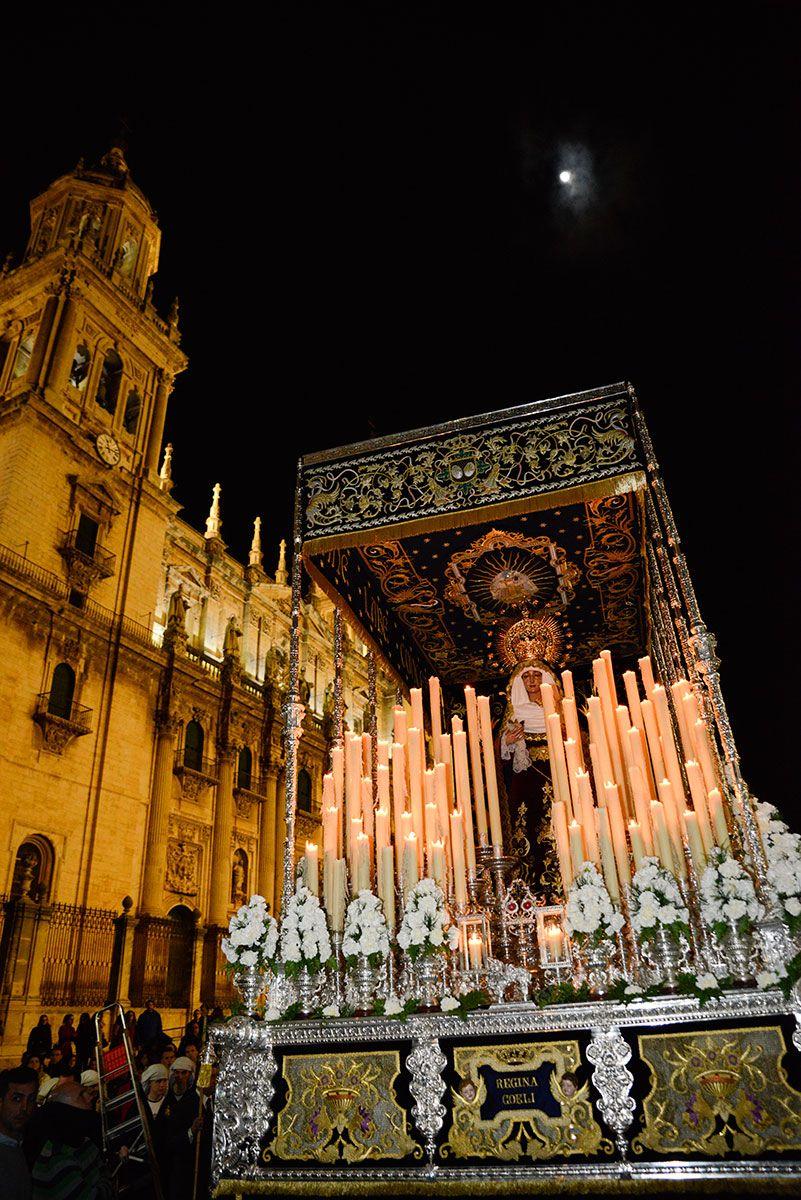 No hubo amargura en Los Estudiantes que brillan por las calles de Jaén