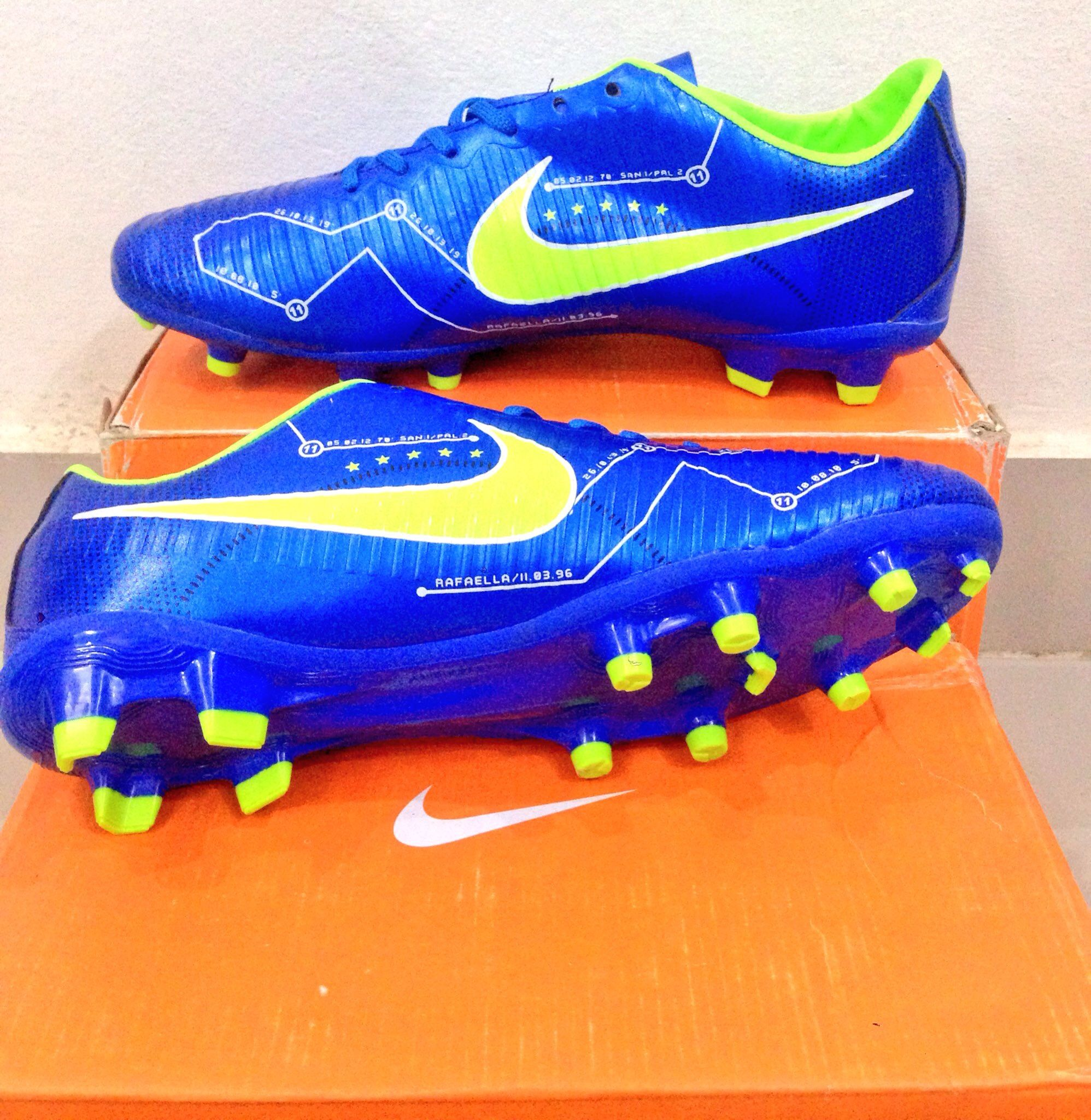 online retailer 1fbbb 832d2 ✓️Stock Available ⛹🏻 Nike Mercurial Football Toes Price Rs.1999   Size
