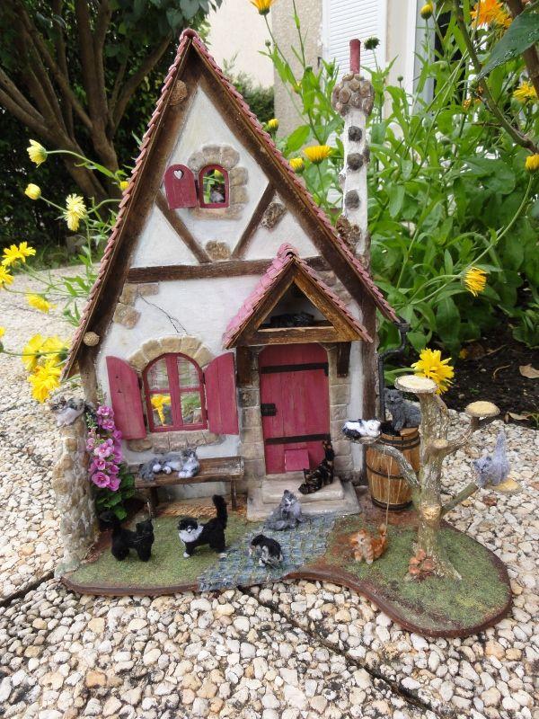 La maisonnette de Mamy Matou prend l\'air - Mooghiscathmaison   Fairy ...