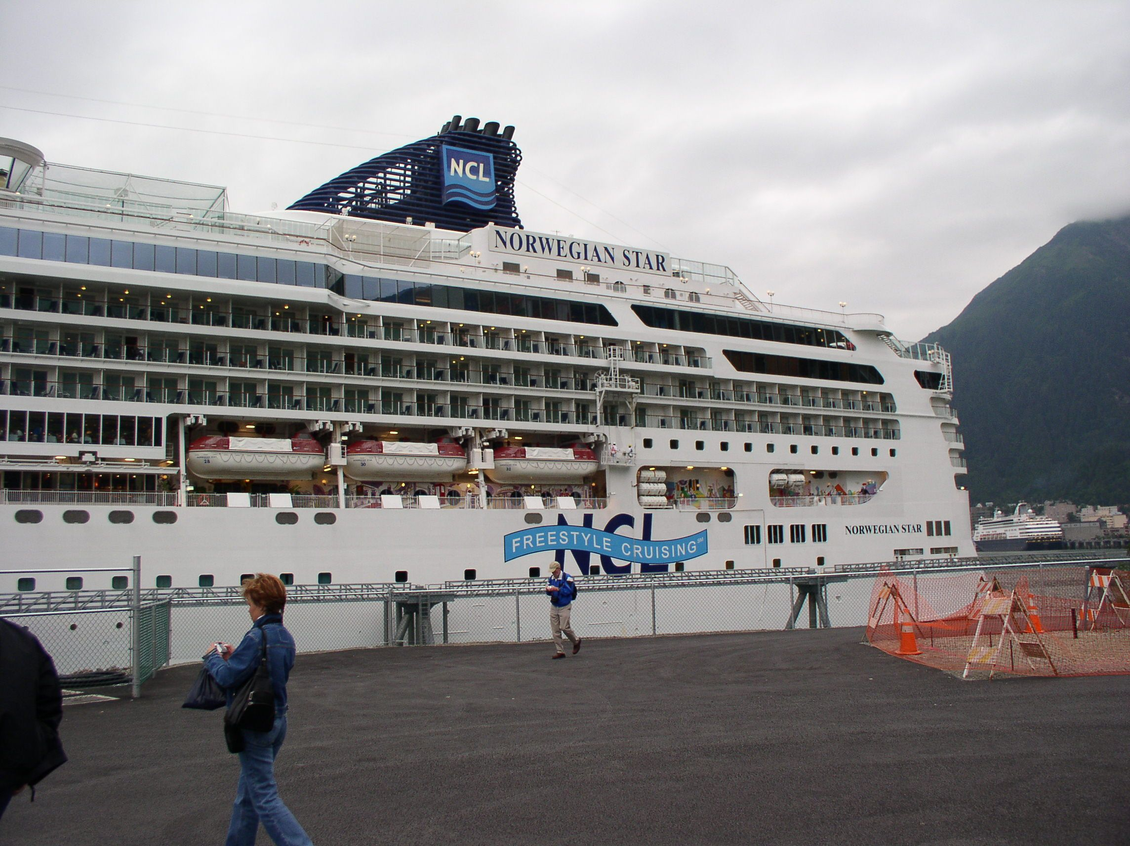 port of vancouver cruise terminal canada place is operated by vinci park services vinci park