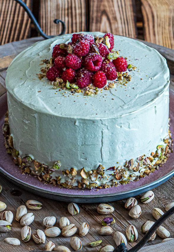 Mein Liebling auf dem Tortenbuffet – Himbeer-Pistazien-Torte