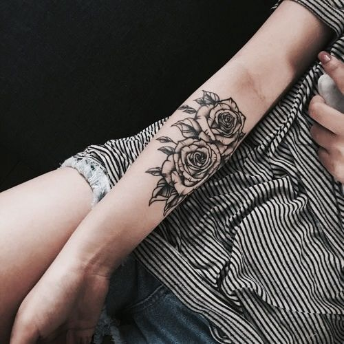 30 Types Of Hand Tattoo Ideas Tattoos Tattoos Rose Tattoos Und