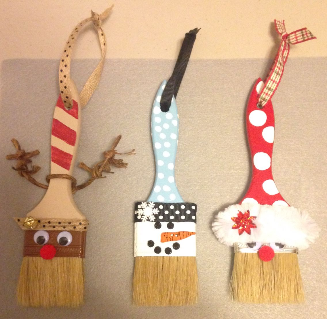 Holiday paint brushes Christmas ornament crafts