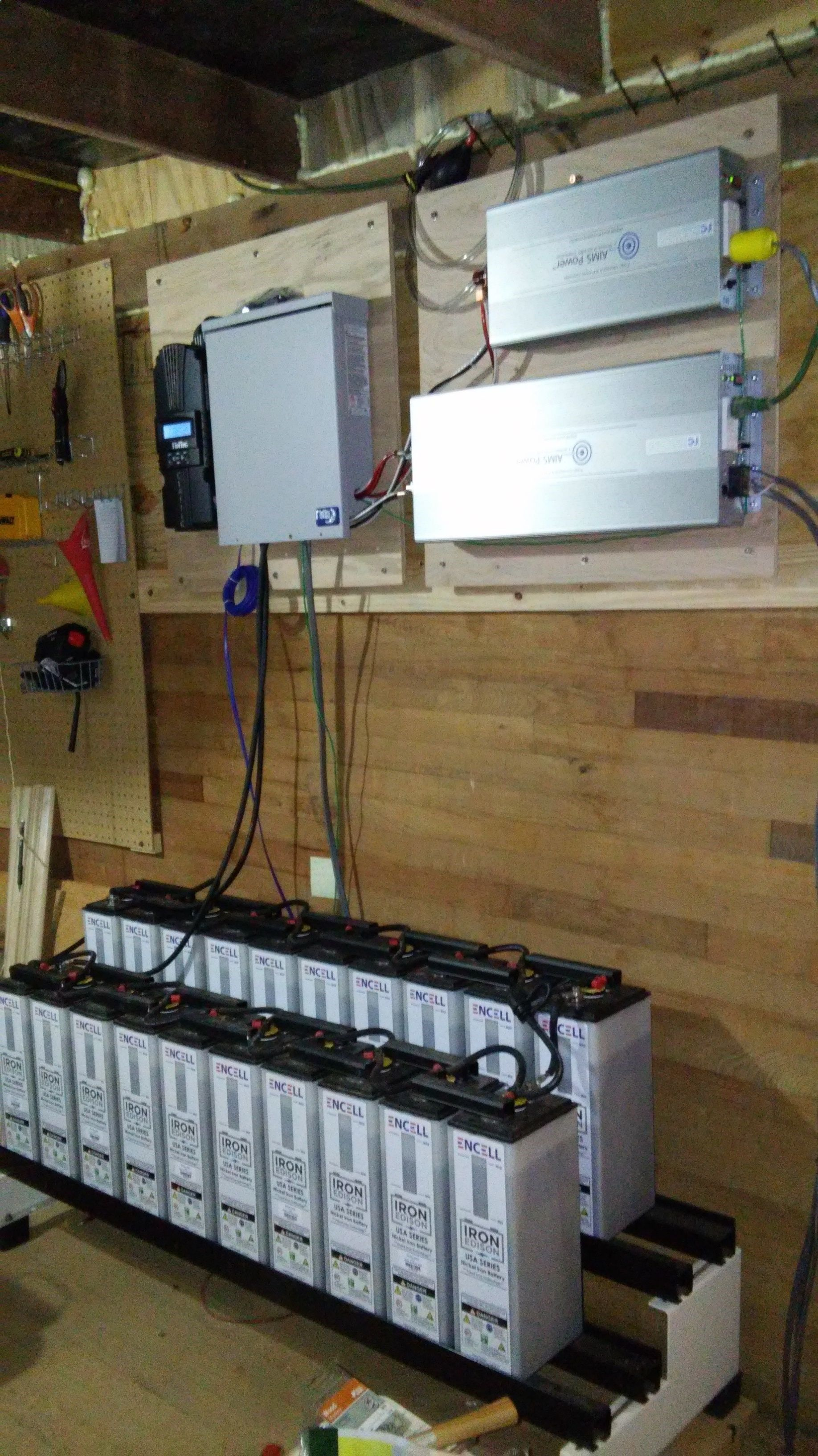 300ah 24v Iron Edison Nickel Iron Battery Built In The Usa By Encell Technology Http Homeenergysite Com Electri Solar Power Solar Panels Solar Power System