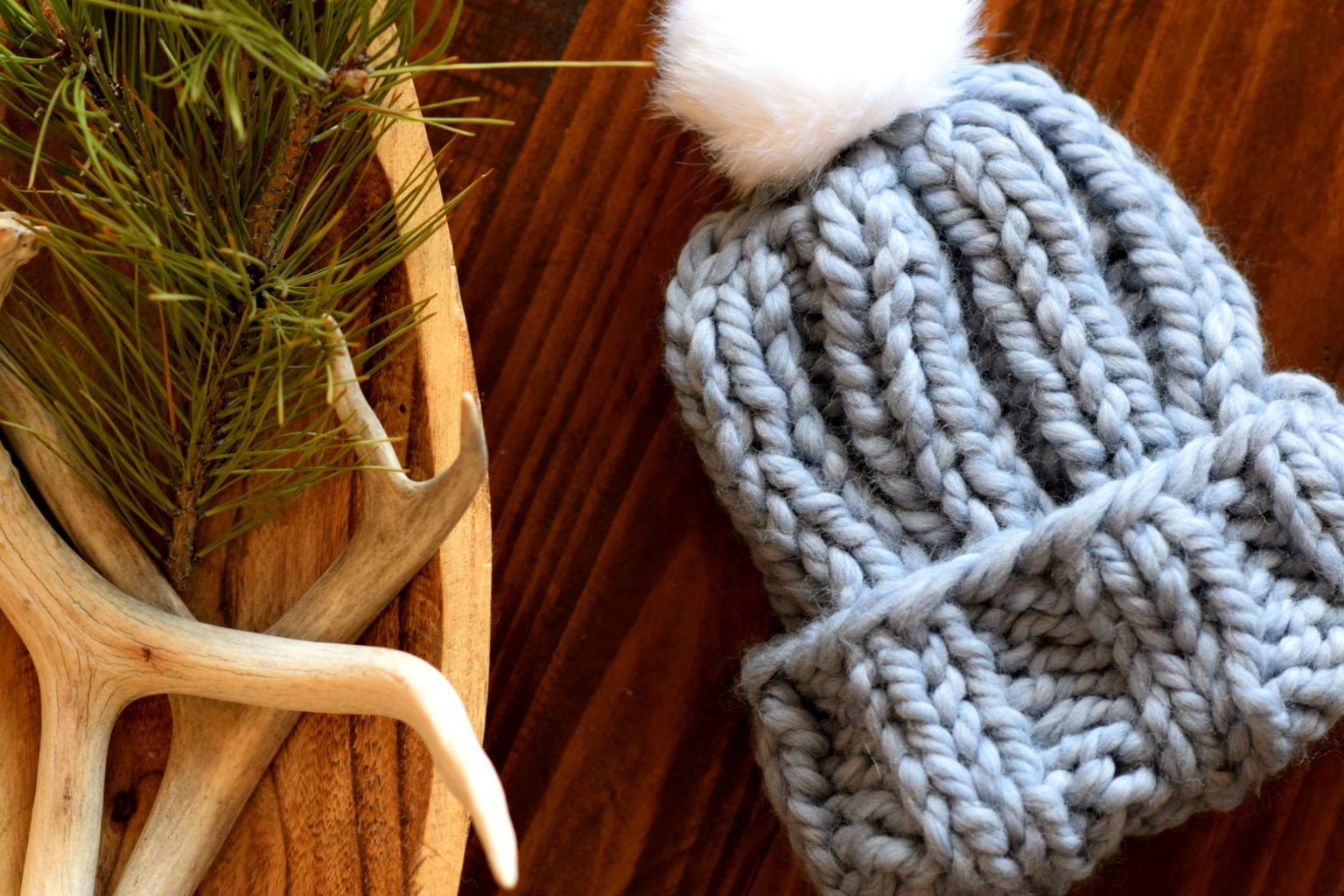 Quick Chunky Knit Hat Pattern   Easy knit hat, Knitted ...