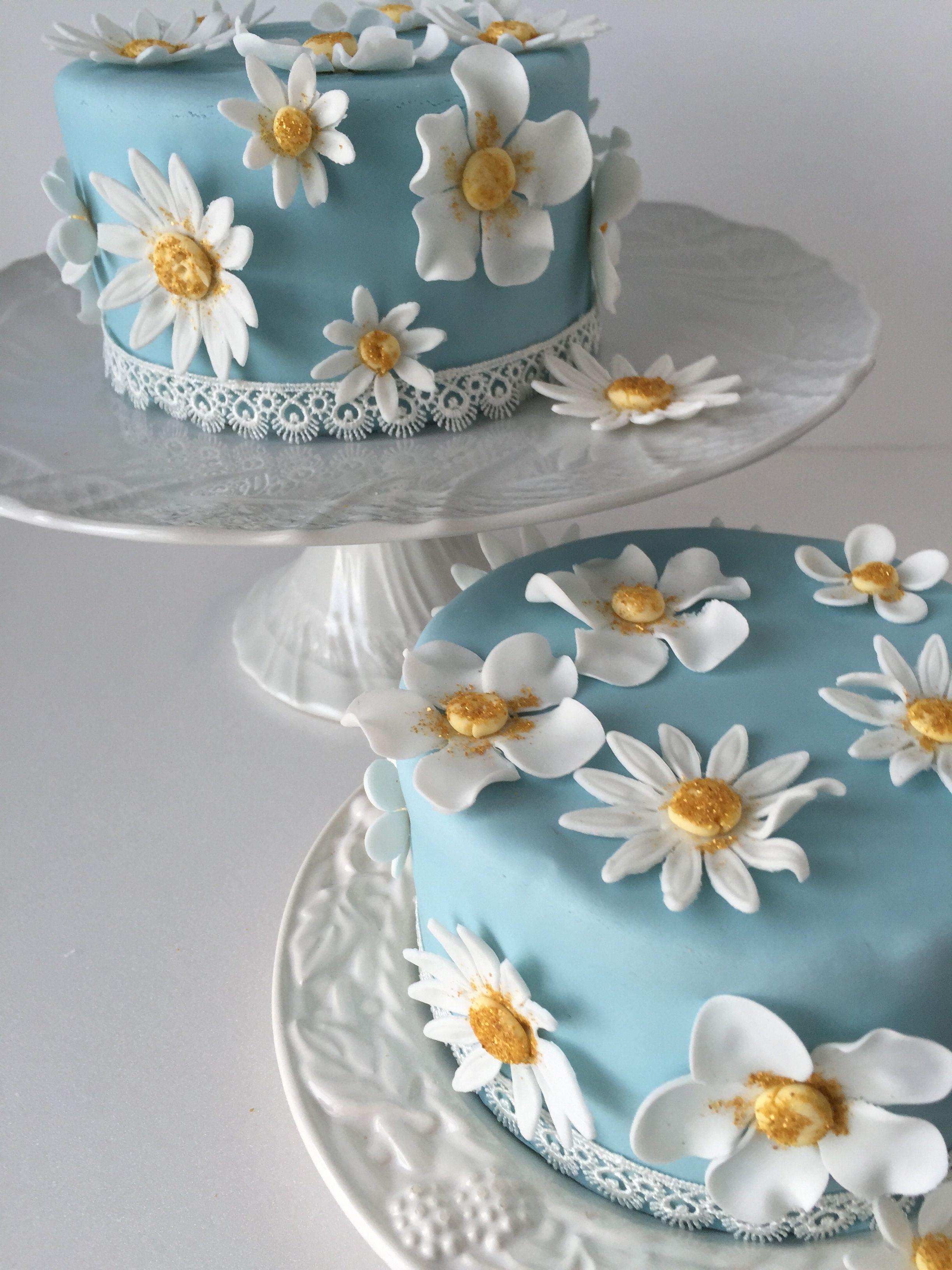 Daisy cake | Cake decorating, Daisy cakes, Cake