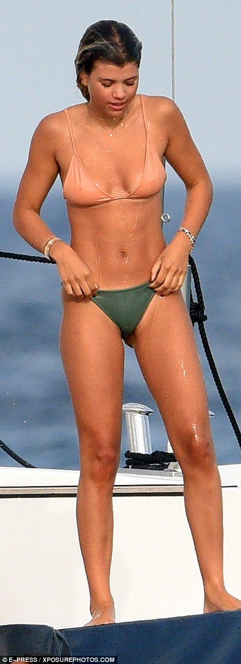 Alessandra Ambrosio relaxed on a yacht with friends in St. Tropez