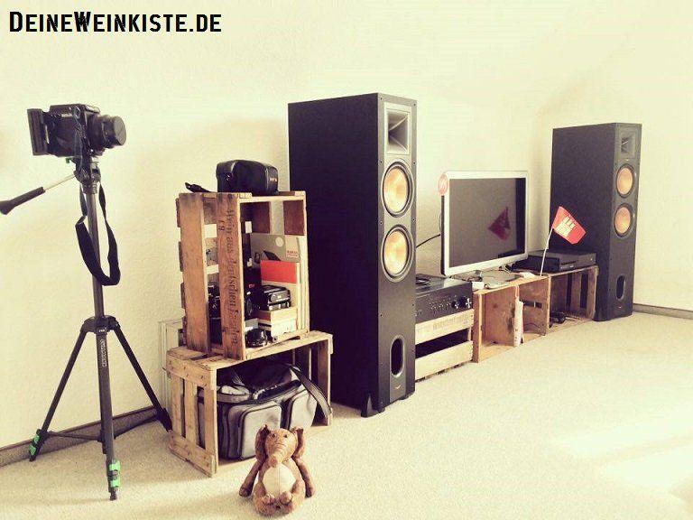Fernsehschrank aus weinkisten  Selbstgebautes TV-Board mit drei Weinkisten (mit Anti-Holzwurm ...