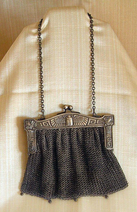 Clothing, Shoes & Accessories Clever Antique Art Nouveau Gold Filigree Frame Hand Knit Brown Iridescent Bead Purse