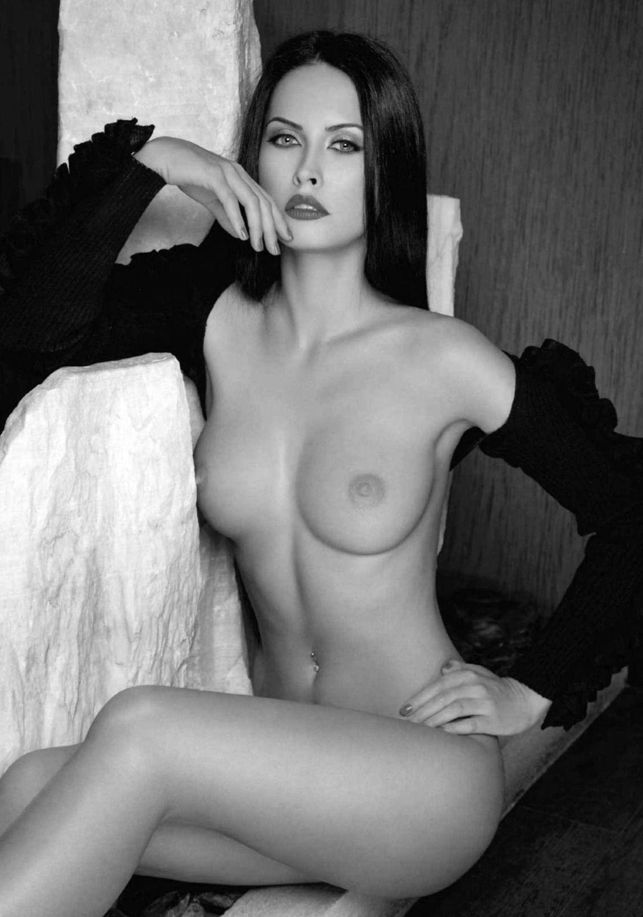 Lily Munster Naked : munster, naked, Munster, XPornpicx