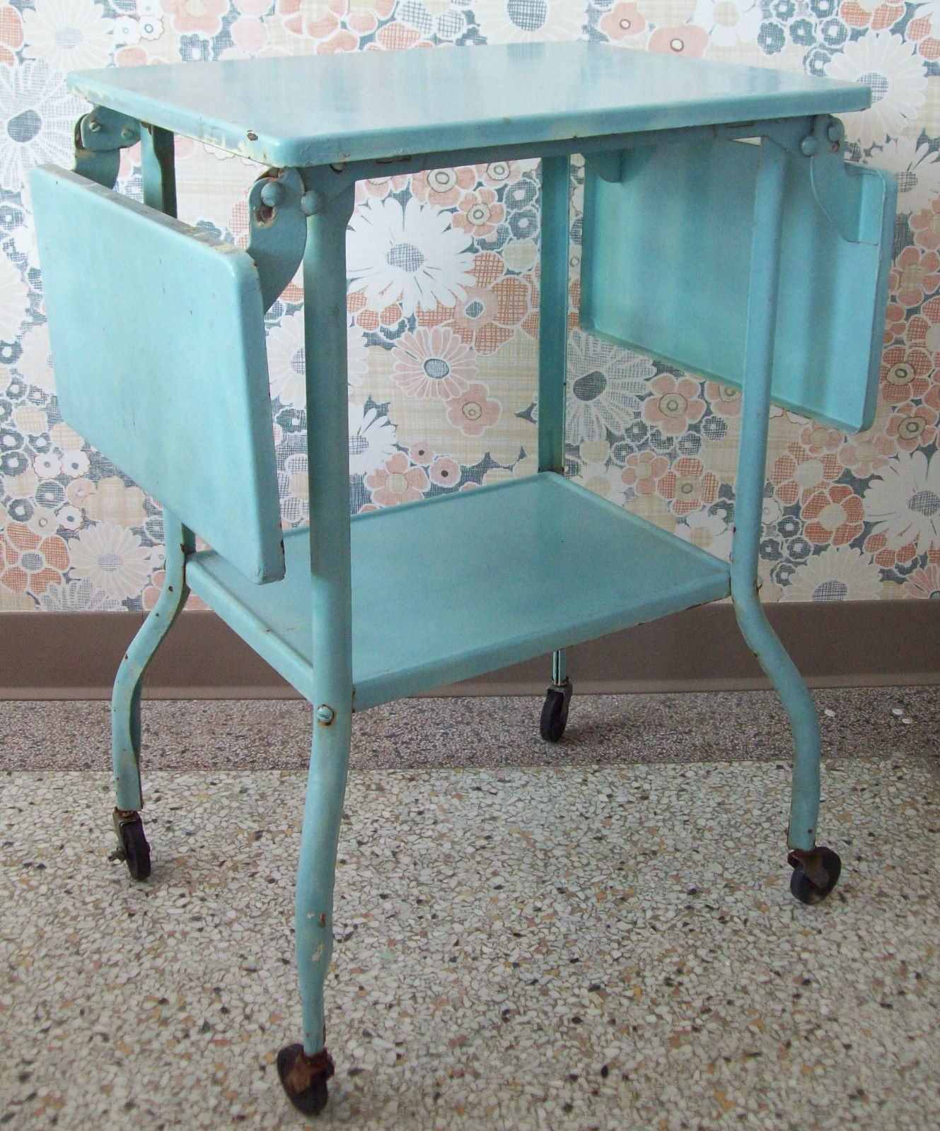 Vintage AQUA Industrial Machine Age Metal Typewriter Stand ~ Side Table Desk