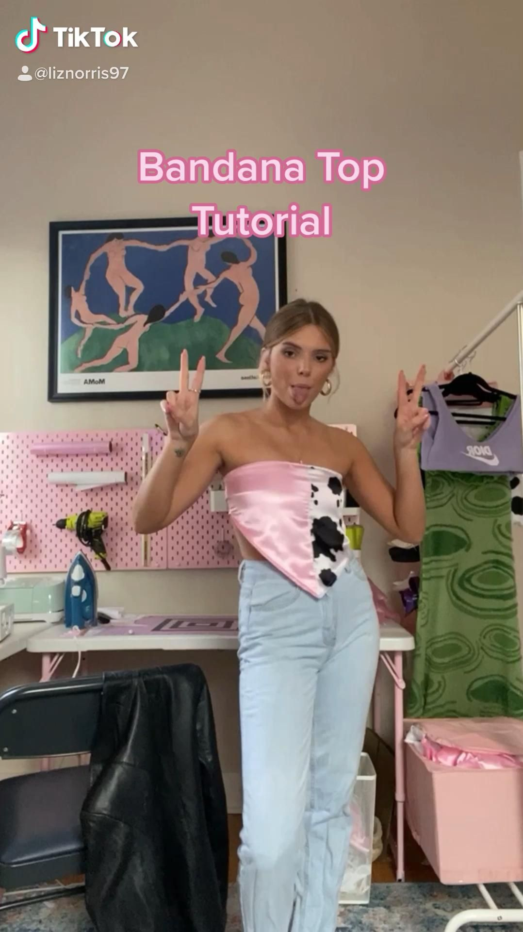 3 Ways To Tie Your Scarf Top Video Top Summer Outfits Scarf Top Scarf Outfit Summer