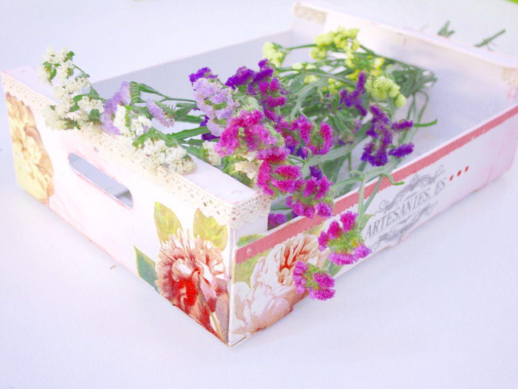 Manualidades con cajas de maderas caja de frutas decorada cajones pinterest caja de - Manualidades cajas decoradas ...