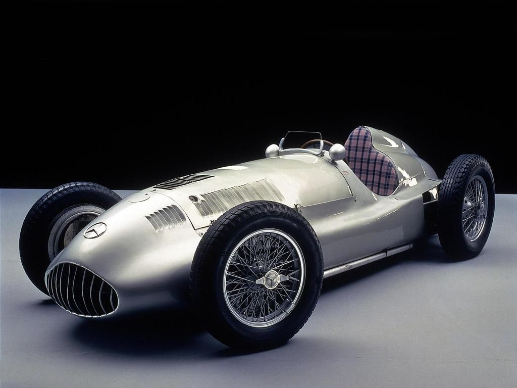 Mercedes formula race car - check out the plaid seat | I want one ...