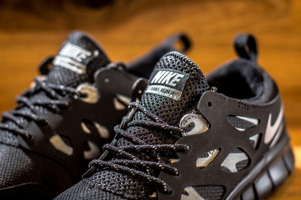 Nike Free Run 2 GS: Black/Metallic Silver