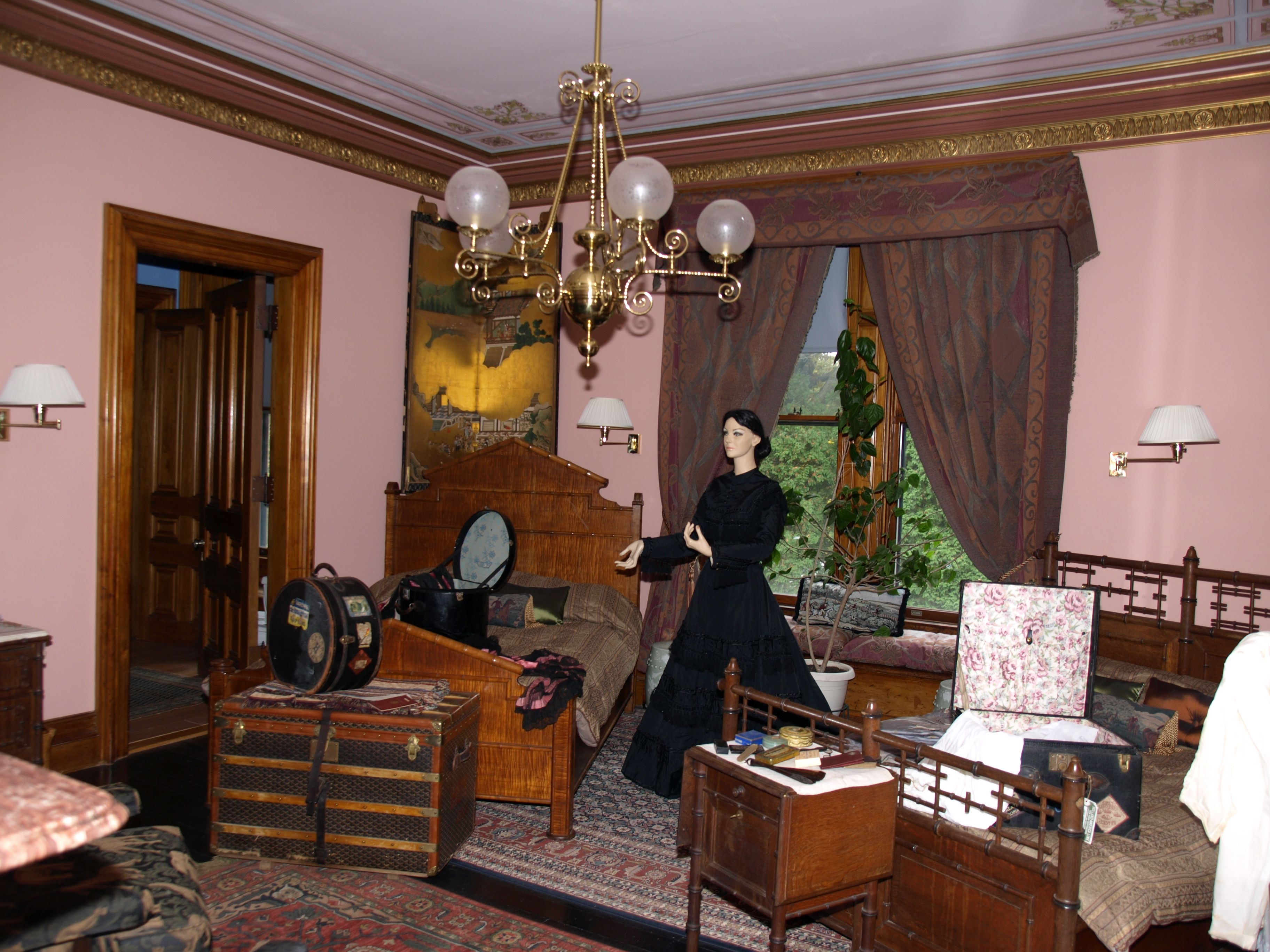 Clouds Hill Warwick Ri A 19th Century Mansion As A Wedding Gift For Elizabeth Ives Slater Victorian Interior Design Victorian Living Room Victorian Interior #old #victorian #living #room