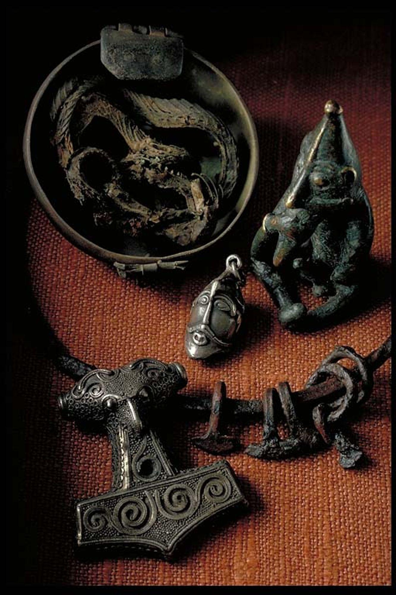 Items From The Viking Age In The Swedish History Museum Vikings Viking Jewelry Viking Art