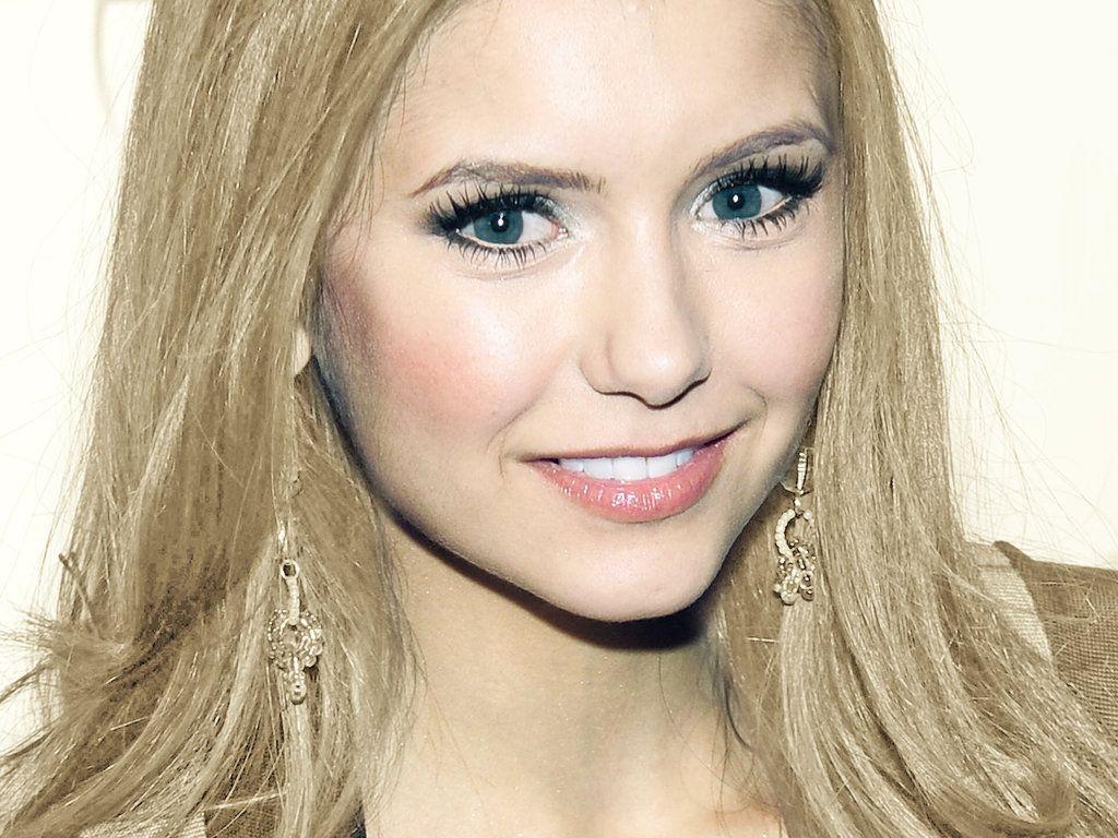 elena gilbert blonde | elena gilbert 4all-the-women | nian