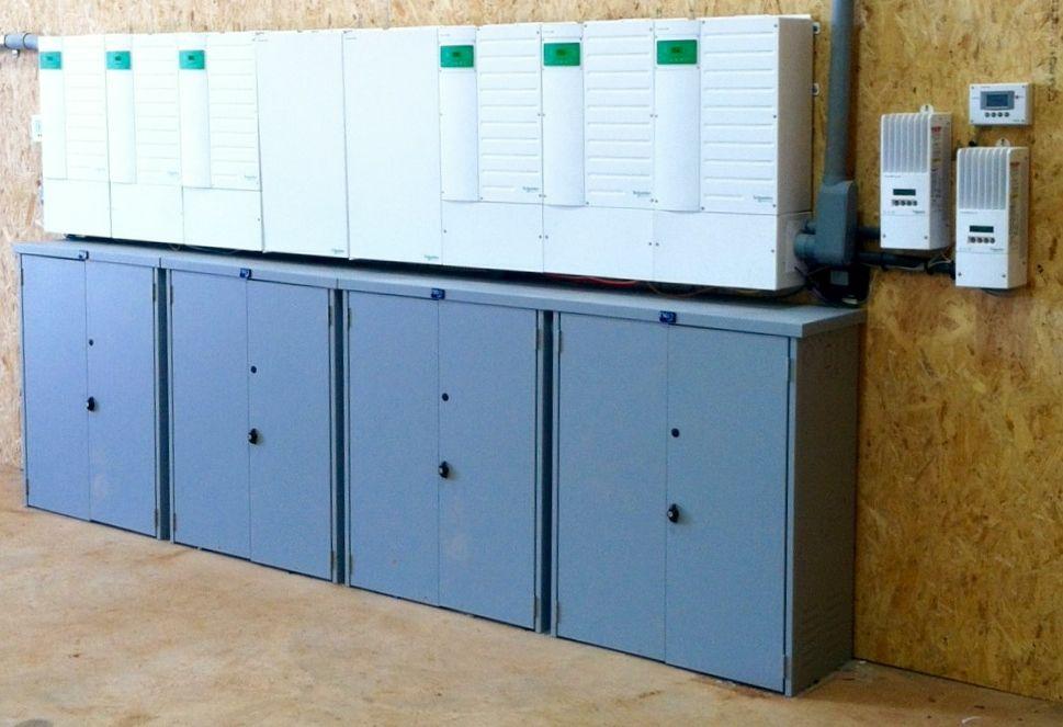 Sun City Solar 6 Inverters 32 Batteries Grid Tie Off Grid Install With Images Locker Storage Storage Installation