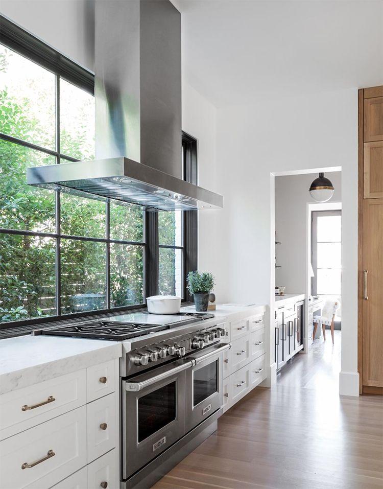 Best Get The Look Bright Modern Kitchen Home Decor Kitchen 640 x 480