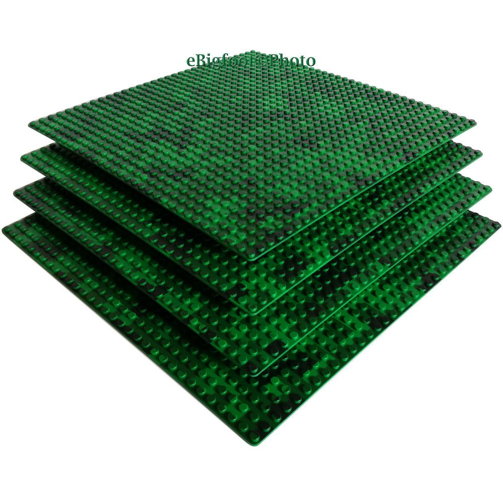 4 Green Pixelated 10x10-inch 32x32-stud compatible brick building base plates