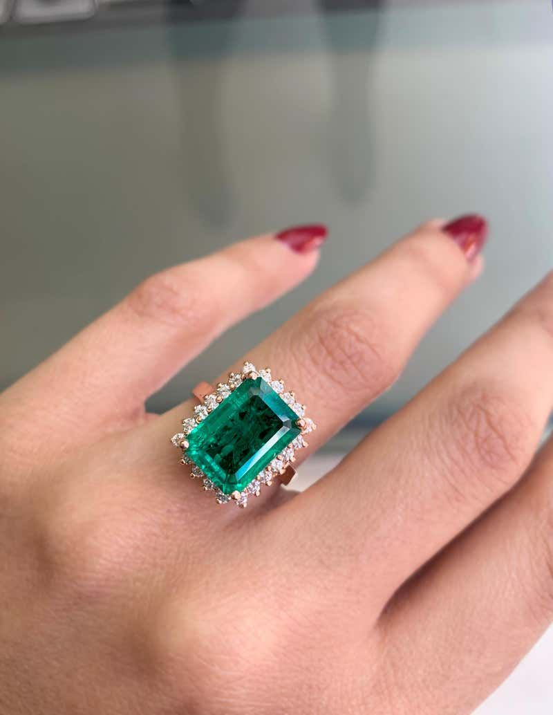 Details about  /.5 Ct Colombian Emerald Moissanite Band Ring Jewelry Gift 14K Rose Gold Sizable