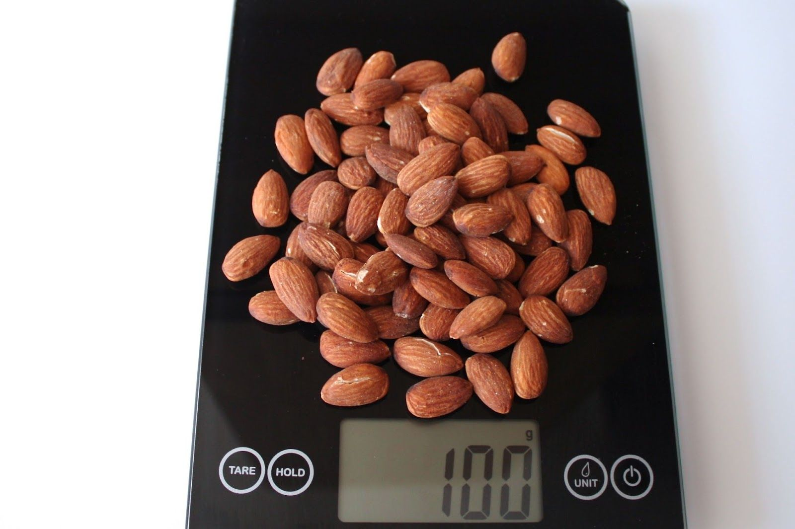 100 grams- almonds roasted unsalted