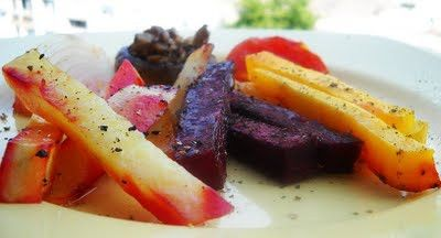 Autumn in a plate - Oven Roasted Vegetables #gourmandelle #vegetables #veggies #roasted #healthy #diet #vegan #vegetarian #recipe gourmandelle-s-healthy-recipes