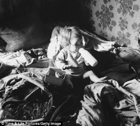 photographer John Dominis appeared in 1964 issue of LIFE, titled 'The Valley of Poverty'