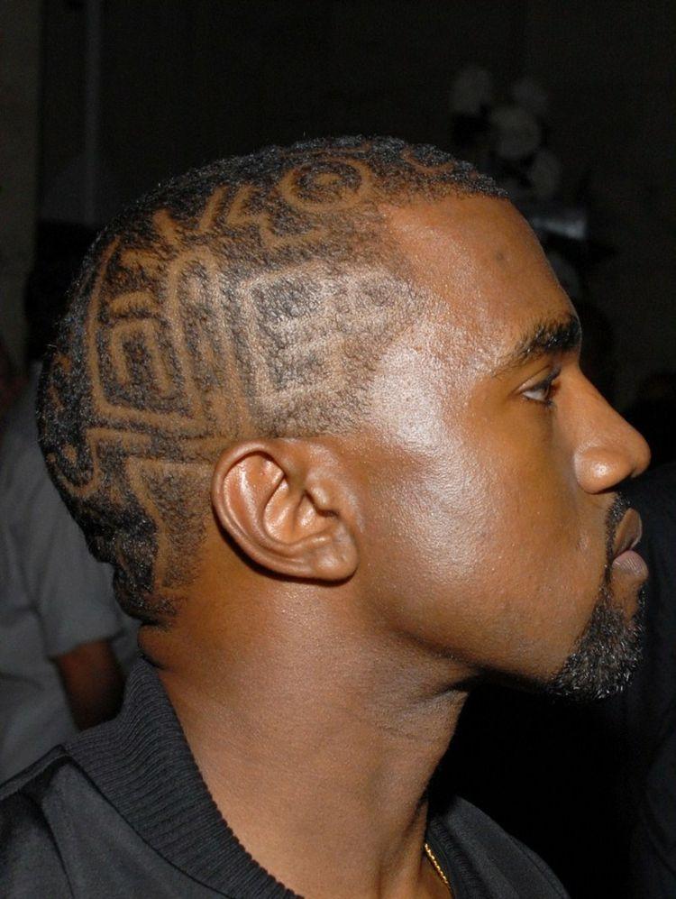 Kurzhaarfrisur Für Männer Muster Tribal Idee Rasieren Schwarze Haare