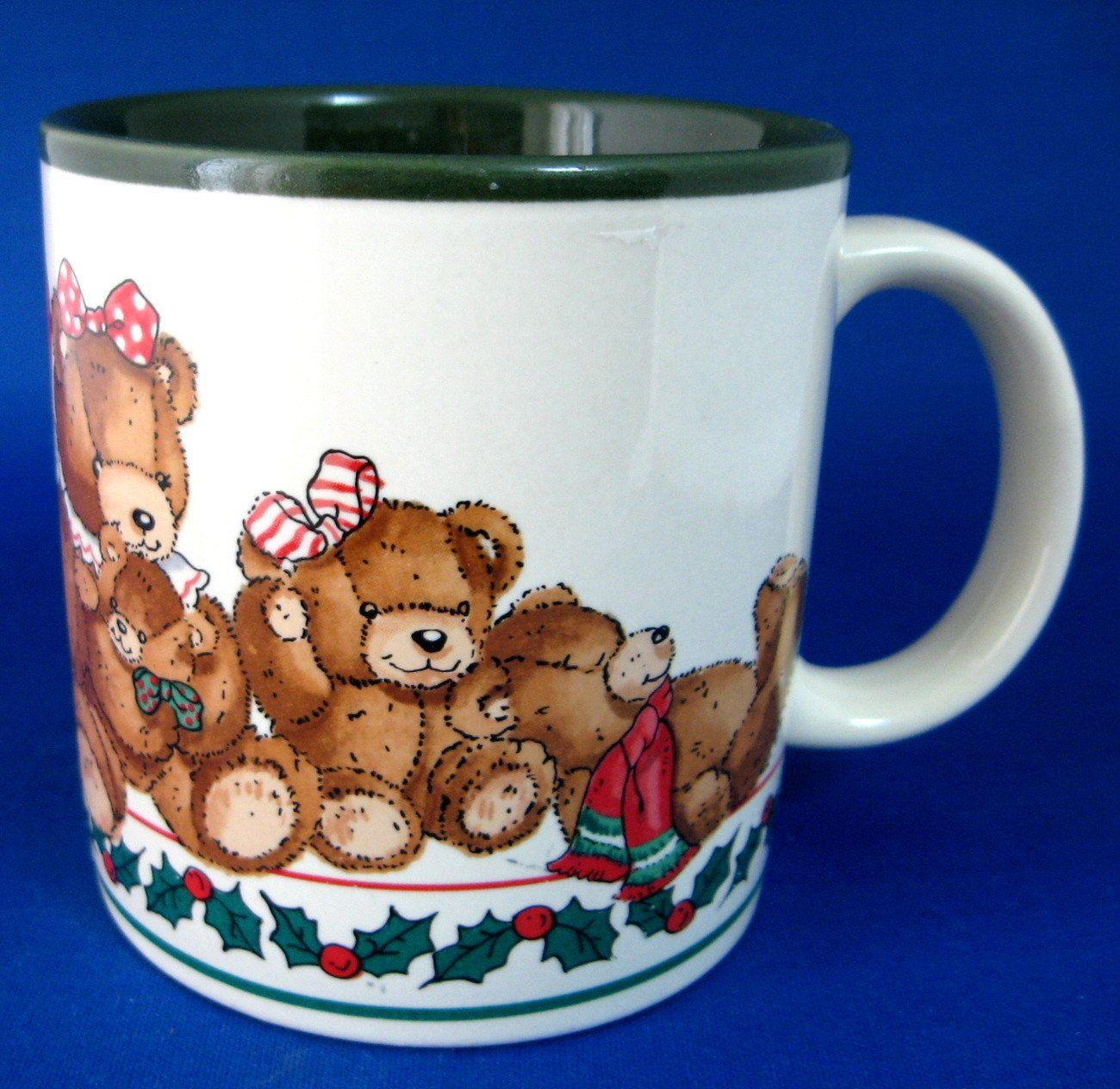 Christmas Mug Teddy Bears Holly Potpourri Press Green Interior Holiday Party Teddy Bear Christmas by RuthsBargains on Etsy