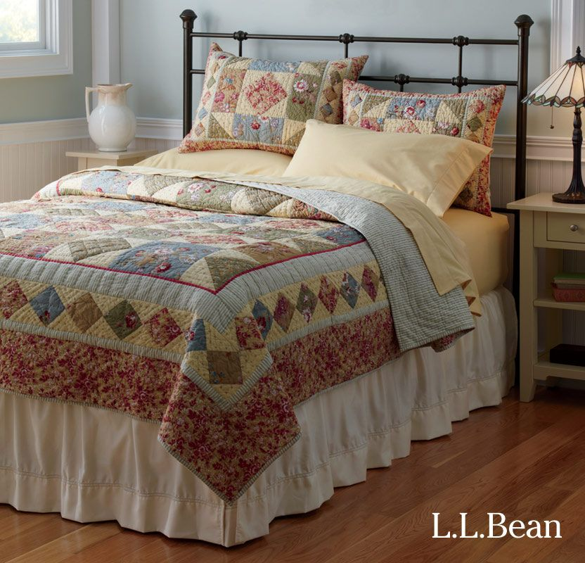 L L Bean S Lakehouse Bed And Handstitched Floral Quilt