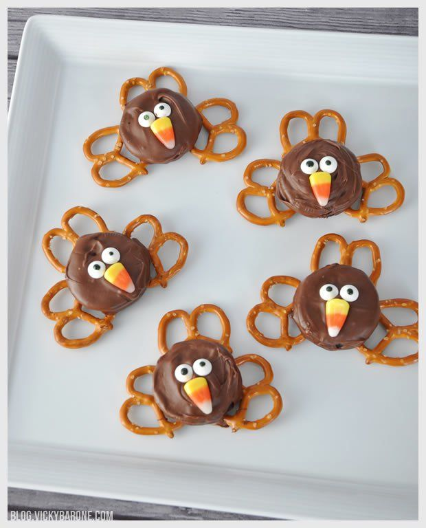 Chocolate Covered Oreo Turkeys - Vicky Barone
